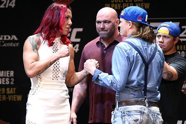 UFC 214 Tonya Evinger Cris Cyborg