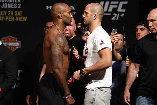 Volkan Oezdemir Makes Quick Work of Jimi Manuwa (UFC 214 Results)