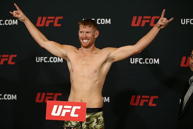 Rashad Evans Loses Fourth Straight, Sam Alvey Victorious At UFC Mexico