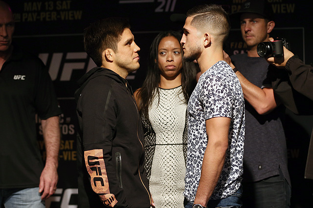 Henry Cejudo Puts On Wrestling Clinic Against Sergio Pettis For Win