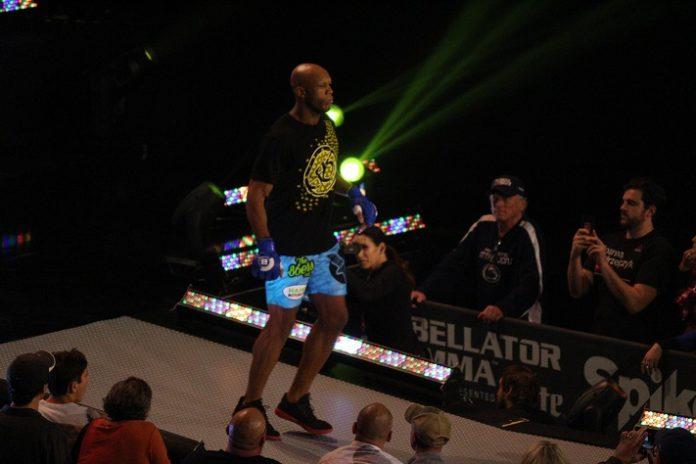 Linton Vassell at Bellator 186
