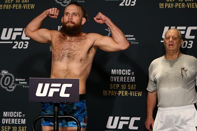 Nik Lentz UFC