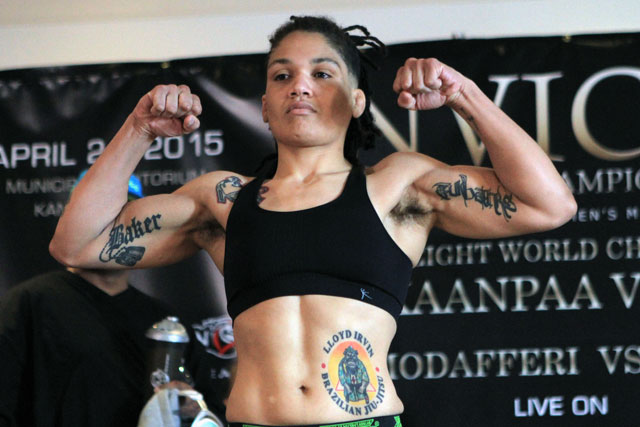 Nicco Montano Captures Flyweight Title In War With Roxanne Modafferi