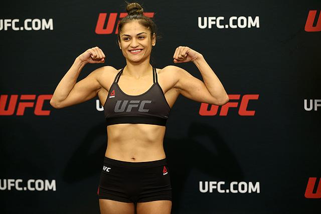 Carla Esparza Hands Cynthia Calvillo First Professional Loss at UFC 219