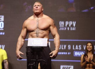 Brock Lesnar weighs in at UFC 200