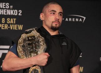 Robert Whittaker Yoel Romero UFC 225