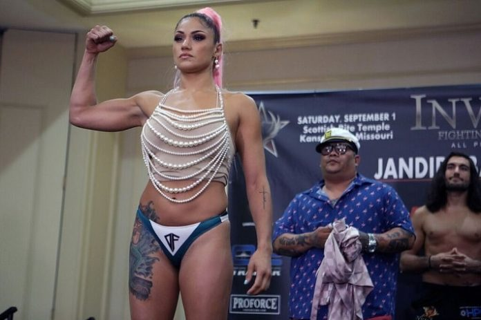Pearl Gonzalez, Invicta FC 31 weigh-in