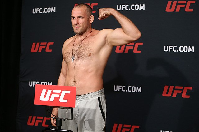 UFC Alexey Oleynik UFC Ottawa, Walt Harris