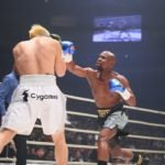 Floyd Mayweather (right) landing on Tenshin Nasukawa at RIZIN 14