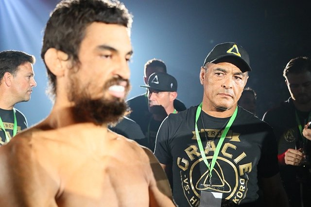 Kron Gracie Signs With UFC, Will Debut At UFC 233 Against