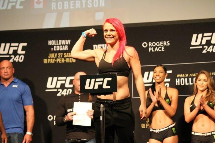 Gillian Robertson UFC