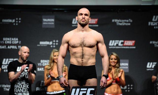 Bartosz Fabinski UFC