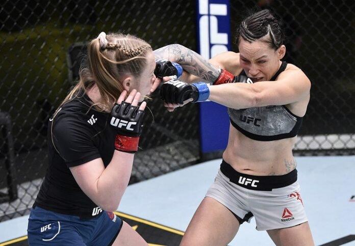 Kay Hansen hits Jinh Yu Frey, UFC on ESPN 12