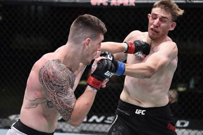 Brendan Allen punches Kyle Daukaus at UFC on ESPN 12