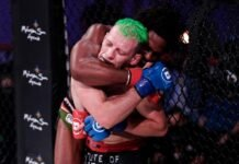 Raufeon Stots submits Cass Bell at Bellator 242