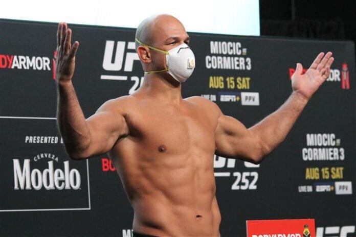 Junior Dos Santos, UFC 252