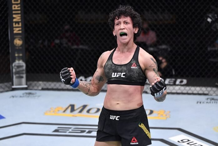 Virna Jandiroba UFC 252