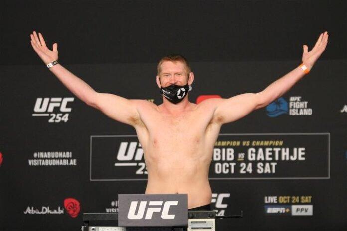 UFC 254 Sam Alvey Da Un Jung