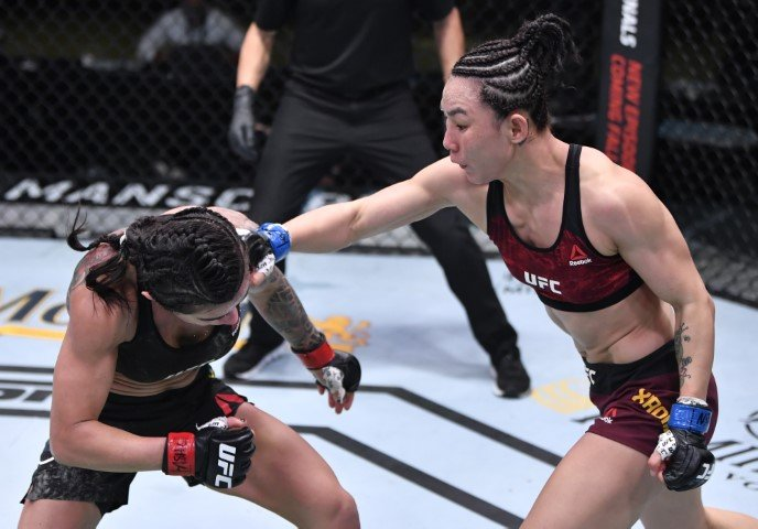 UFC Vegas 13 Yan Xiaonan Claudia Gadelha