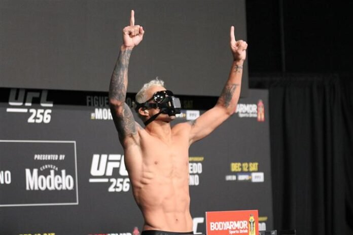 Charles Oliveira UFC 262