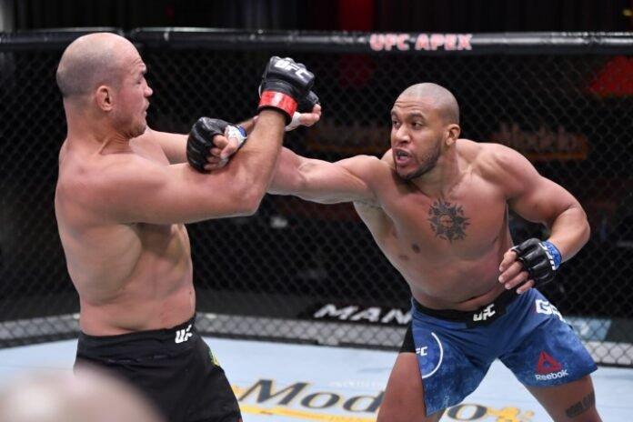 UFC 256 Ciryl Gane