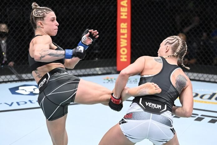 Hannah Goldy and Emily Whitmire UFC